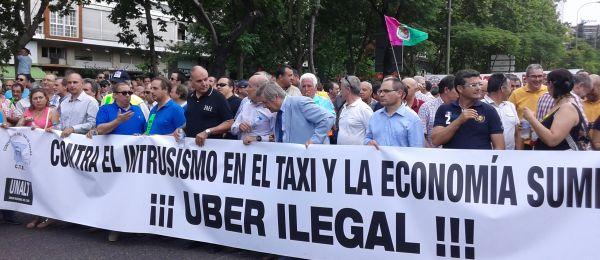 Así actúa la policía de Barcelona contra Uber